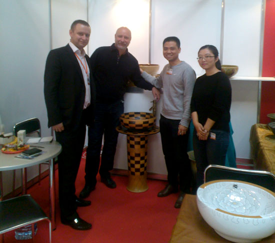 TangLong ceramics to international standards